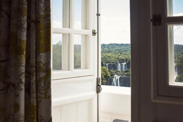Hotel_das_Cataratas_02