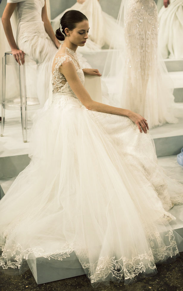 Monique_Lhuillier_Bridal_008