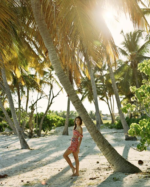 Island_Girl_04