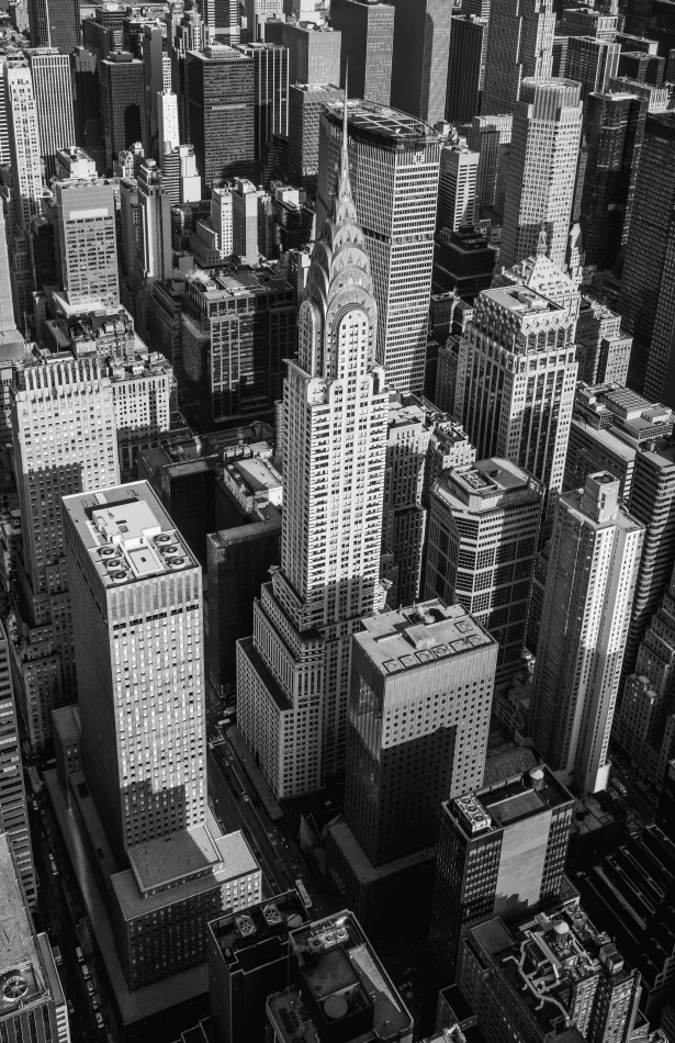 Jamie Beck photographs Manhattan from the view of a helicopter