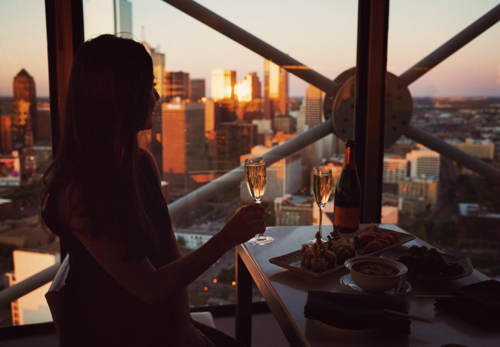 Photographer Jamie Beck's guide to Dallas Texas and instagram takeover for Veuve Clicquot!