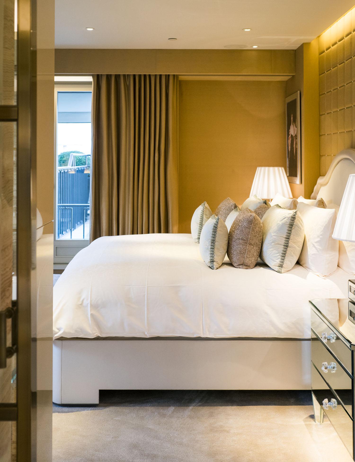 four_seasons_hotel_george_v_paris_025