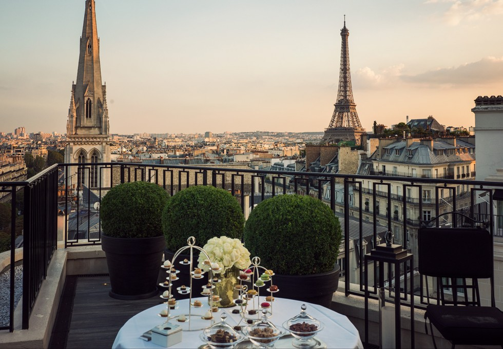 The Four Seasons Hotel George V, built in 1928, is a this luxurious 5 star landmark hotel off the Champs-Élysees in the heart of Paris.